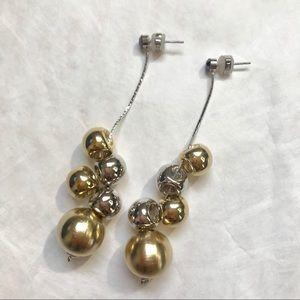 Like New gold/silver tone bauble drop earrings